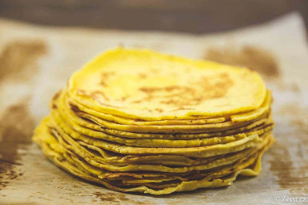 Kukuřičné placky, tortilly –tortillas z kukuřičné mouky.