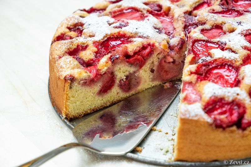Dáte si jahodový koláč?