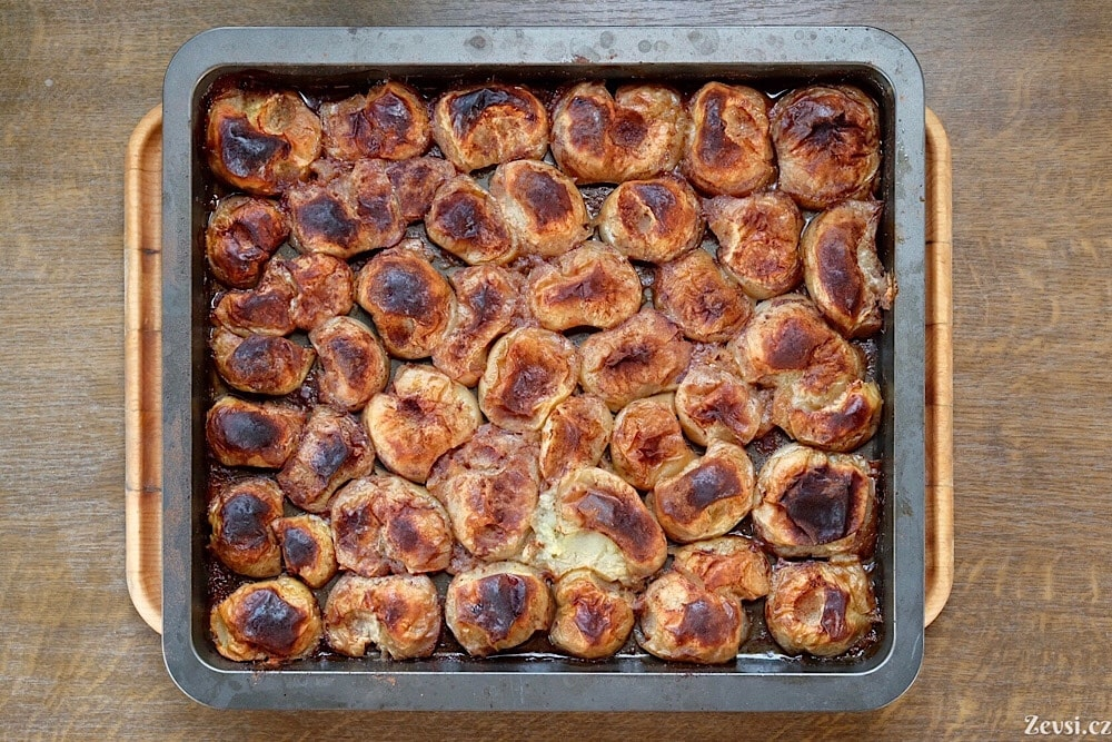 Pečená jablka – dezert za pár šlupek